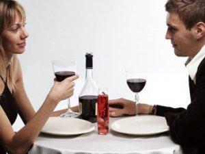 Як запросити дівчину на побачення?