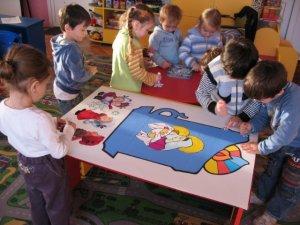 Розвиток образотворчої діяльності дітей в сім'ї.