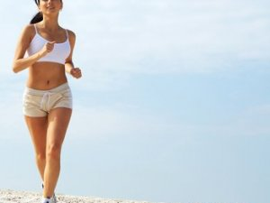 Чи можна пити воду після бігу
