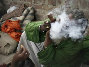 Як курити гашиш