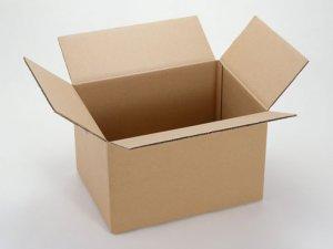 Друге життя для картонної коробки.