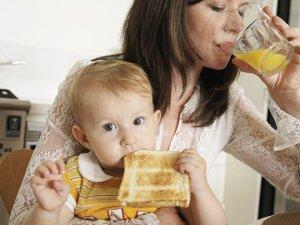 Дієта молодої мами: що їсти після пологів
