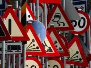Хто винайшов дорожні знаки?