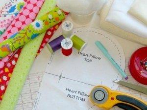 Хто, коли, де і як придумав швейну машину?