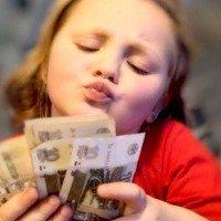Чому діти не вміють користуватися грошима?