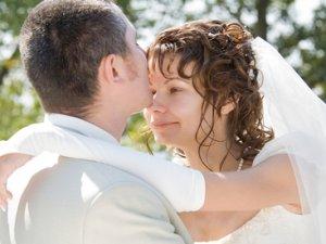 Чи варто користуватися послугами шлюбних агентств?