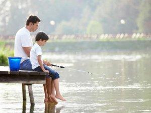 Як зібратися на риболовлю влітку