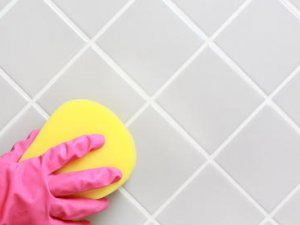 Як почистити кахель у ванній?