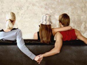 Подружня вірність - кому вона потрібна?